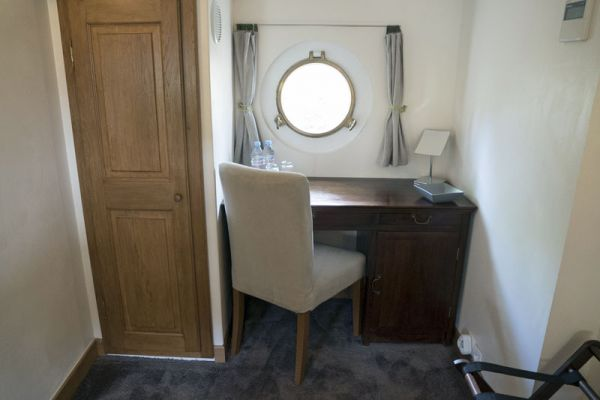 Luxury hotel barge Enchante, cabin desk